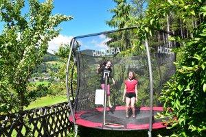 kinder-trampolin